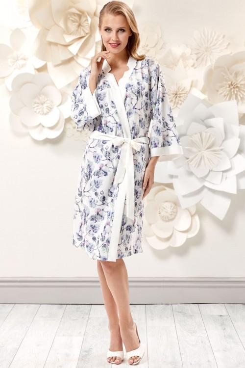 c0ef8465cc8 Женский халат на запах (456027) - купить по цене 3 980 руб. в ...